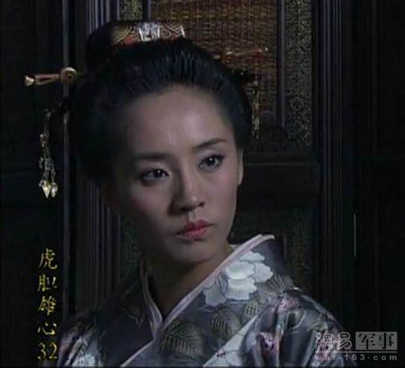 演员军旅v演员电视剧中的女国产奇葩片怎么报名当太君图片