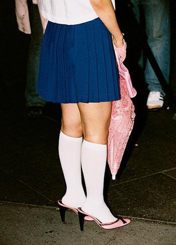 穿着袜子穿凉鞋 女生穿衣搭配土鳖案例