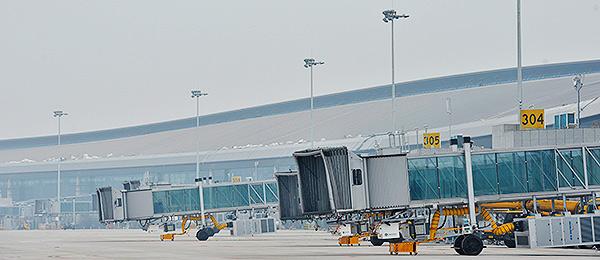 重庆机场T3A航站楼土建主体工程完工 明年上半年有望投入使用