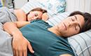 你的年龄每天该睡几小时