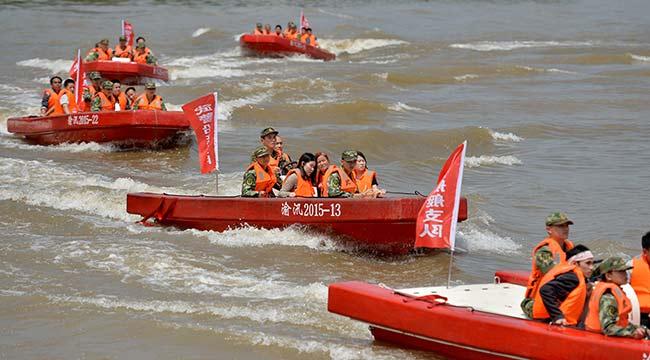 重慶市舉行2017軍地抗洪搶險應急演練