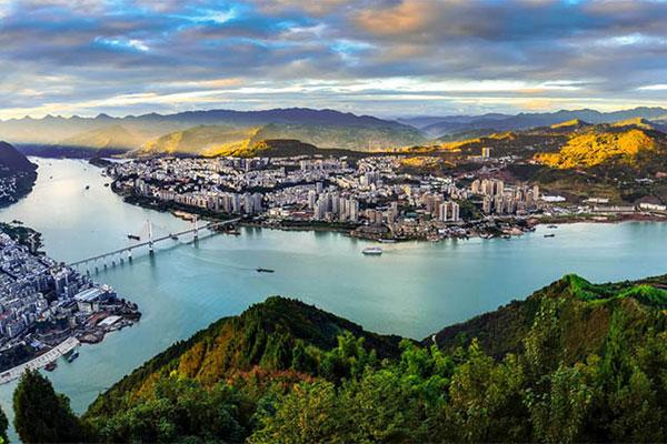 重慶:建設生態文明 堅持綠色發展