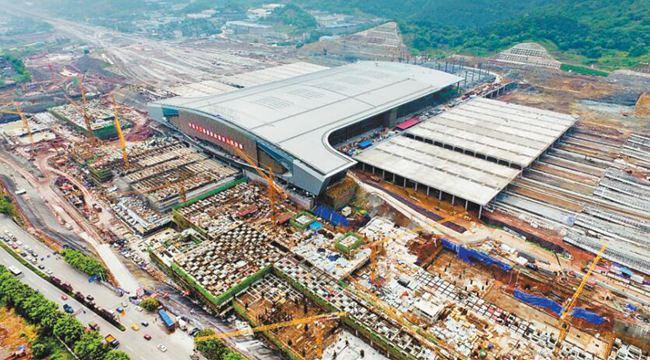 重慶西站鐵路綜合交通樞紐一期年底投用