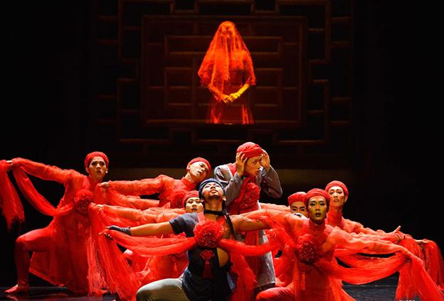 《死水微瀾》和芭蕾舞的結合,是東西方文化的碰撞