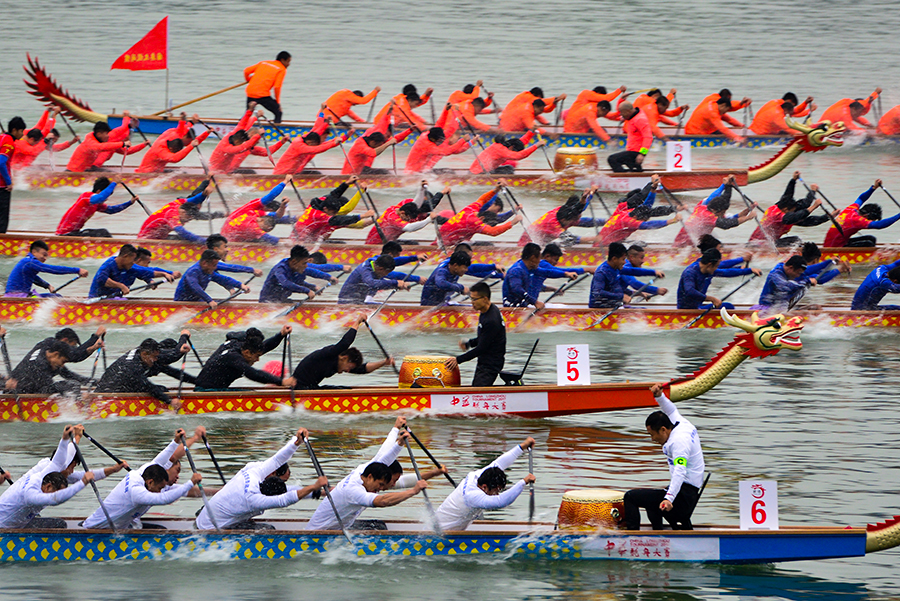 中華龍舟賽重慶合川站落幕 42支隊伍角逐涪江