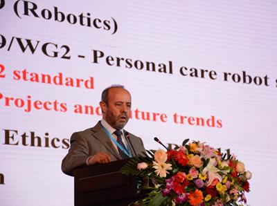 Osman Tokhi:為新類型機器人提供更多研究