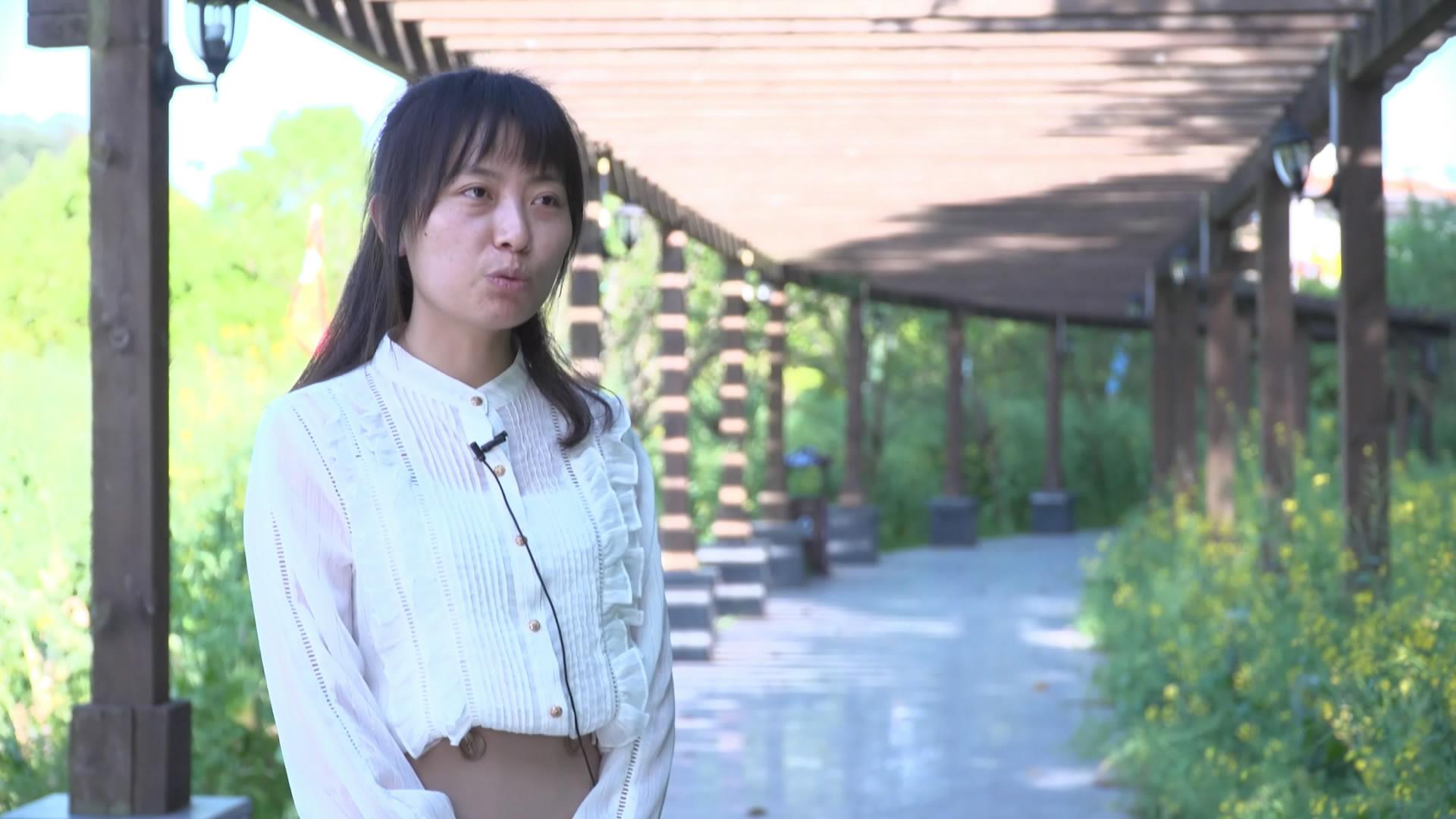南川區委黨校教師吳萌萌介紹此次講課的內容和目的