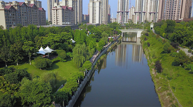 """【美丽中国长江行】看一条""""臭水河""""如何变身为水利风景区"""