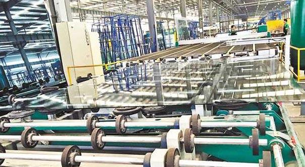 耀皮玻璃頻出國門有何秘訣 智能+綠色生産工藝