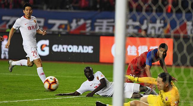 重慶斯威1:0深圳佳兆業贏得賽季首勝