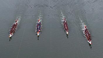 無人機航拍:2019年重慶市龍舟公開賽鳴槍開賽