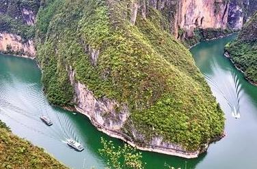 """巫山:小三峽裏世界上最大的""""魚"""""""
