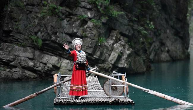 重慶彭水:旅遊助脫貧