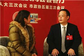 重慶市人大代表、梁平區委書記楊曉雲做客新華網
