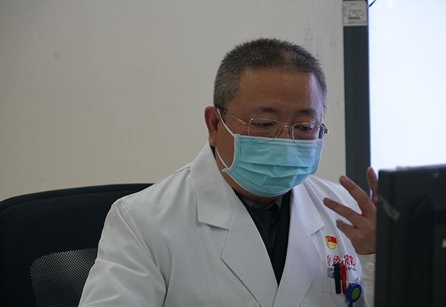 新型冠狀病毒有何症狀?早期類似感冒