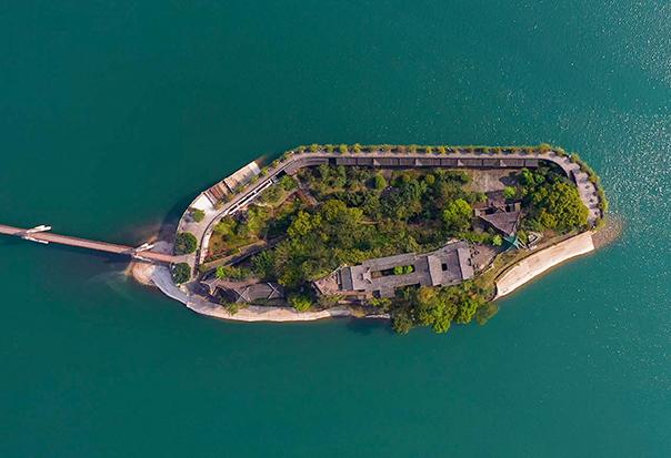 航拍三峽175水位新景觀:山寨變水寨 今朝更好看