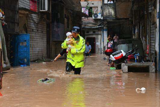 遭遇歷史最大洪水,這座城市如何做到不落下一人